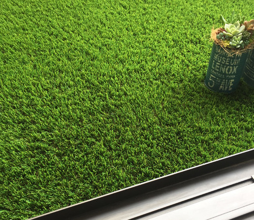 ベランダ DIY 人工芝